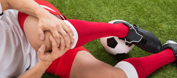 sports knee injury