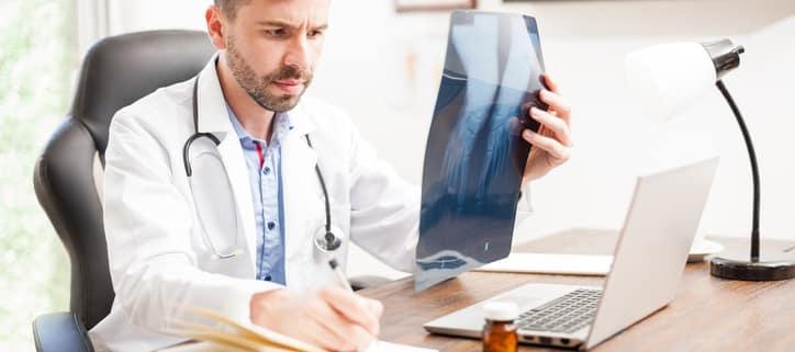 Orthopedist vs Rheumatologist